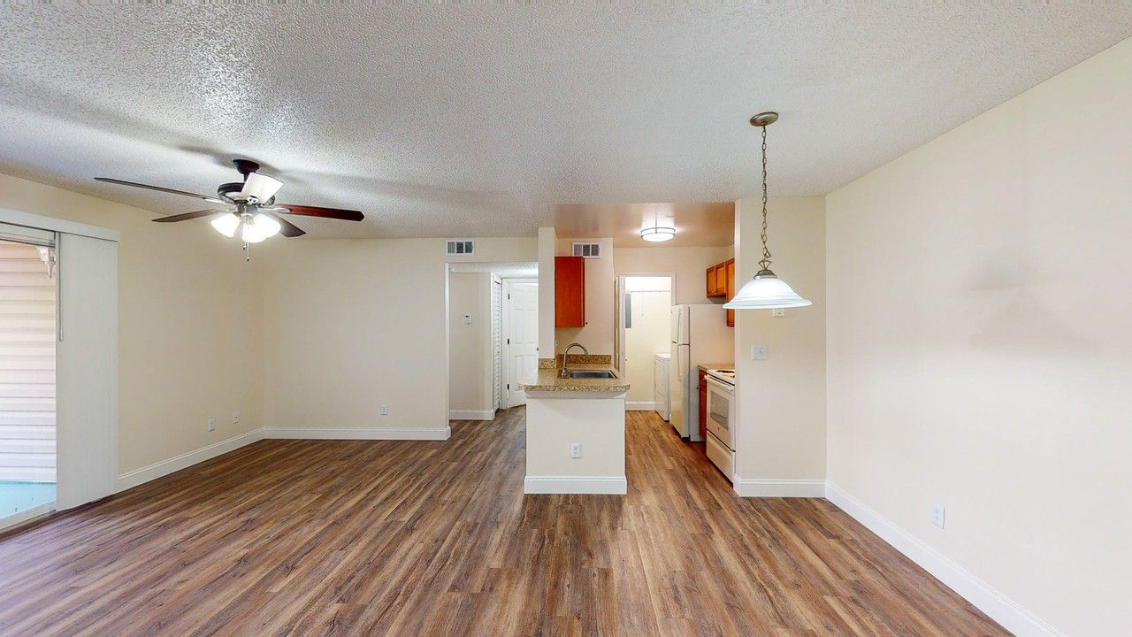 Pinewood Park Apartments For Rent 2351 Pine Brook Dr Kissimmee Fl 34741 With 4 Floorplans Zumper