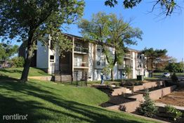 Trinity Park Apartments 11043 Mollerus Dr Spanish Lake Mo 63138