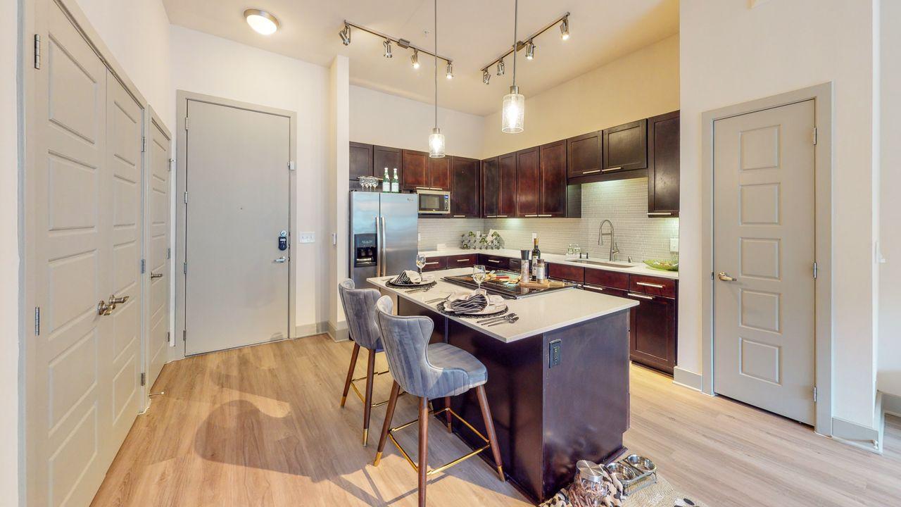 Bellrock Bishop Apartments 1836 W Davis St Dallas Tx 75208 With 12 Floorplans Zumper