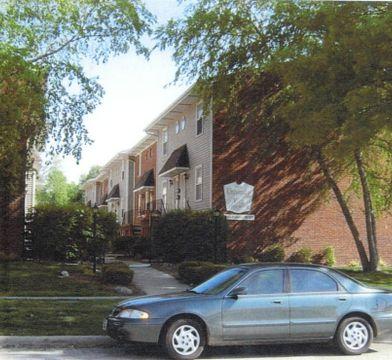 407 W Calhoun Ave Springfield Il 62702 2 Bedroom Condo For Rent For 665 Month Zumper