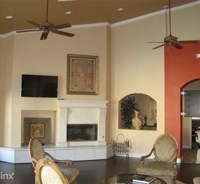 Chateau Versailles 2165 799 1br Apartments For Rent 10550 W Alexander Rd Las Vegas Nv 89129 Zumper