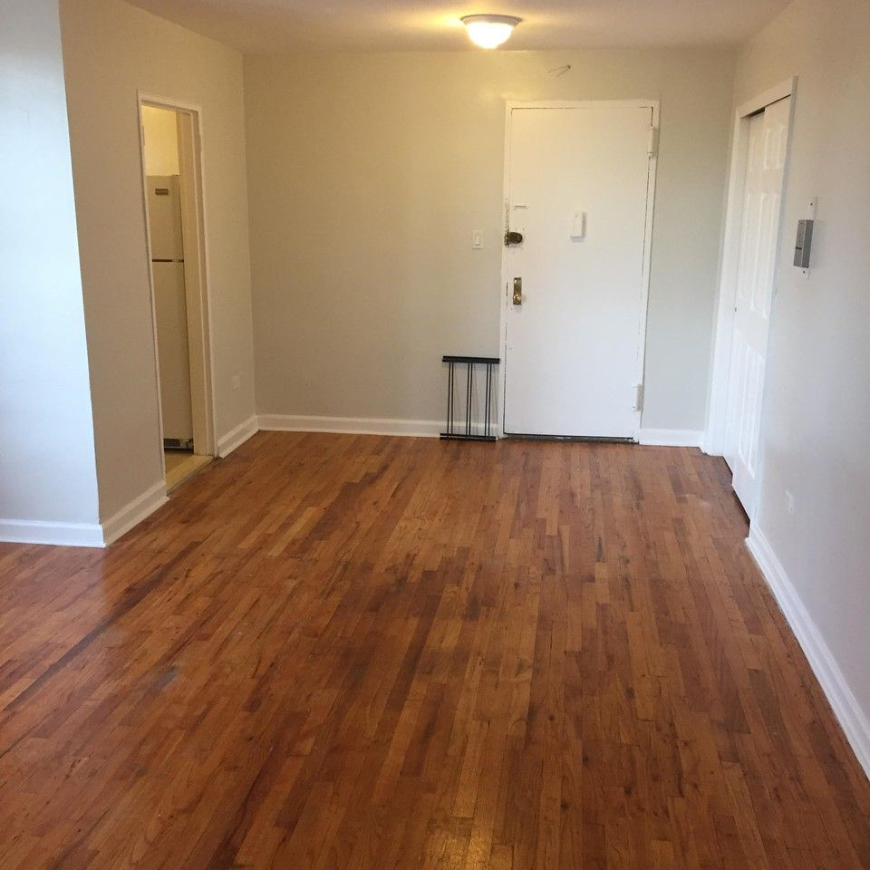 1 Room Apartment For Rent: Ave D & E 25th St, New York, NY 11226 1 Bedroom Apartment