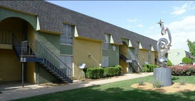 Arts Apartments for Rent - 7913 Harwood Rd, North Richland ...
