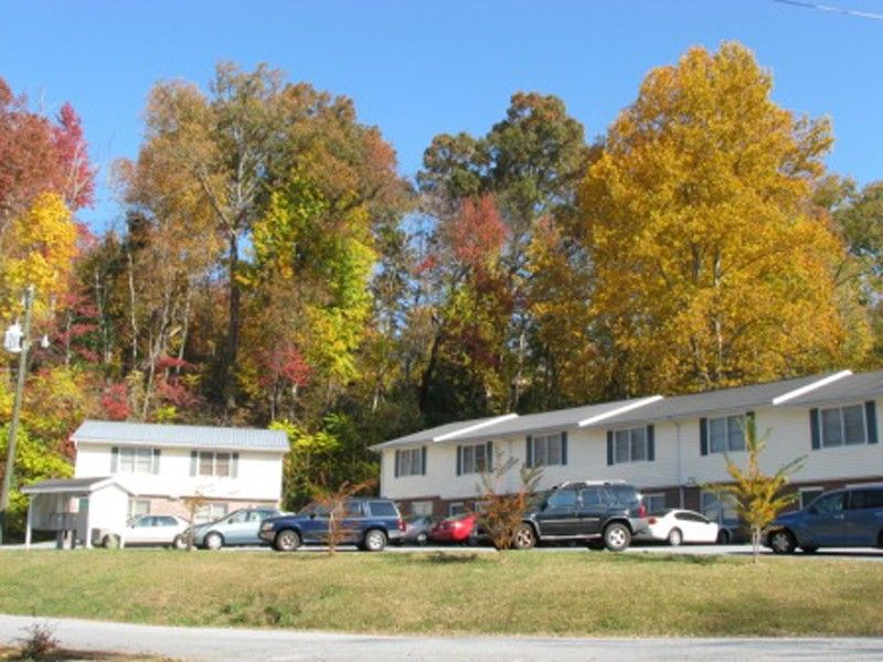 Willow Trace Apartments For Rent 30 Clark Dr Dahlonega