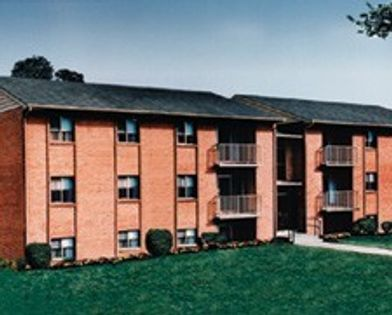 Lawyers Hill Apartments for Rent - 7234 Montgomery Rd ...