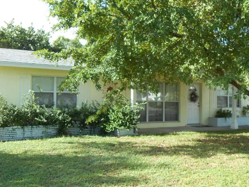 2013 6th Ave S Lake Worth Fl 33461 3 Bedroom Apartment