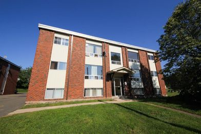 Groovy 92 Pine Glen Rd Riverview Nb E1B 3S6 3 Bedroom Apartment Home Interior And Landscaping Oversignezvosmurscom