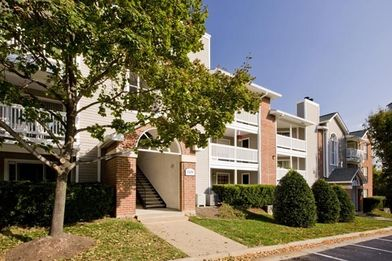 Post Tyson's Corner Apartments for Rent - 1526 Lincoln