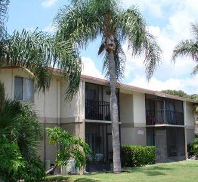 Lake Starcrest Village Apartments For Rent 200 S