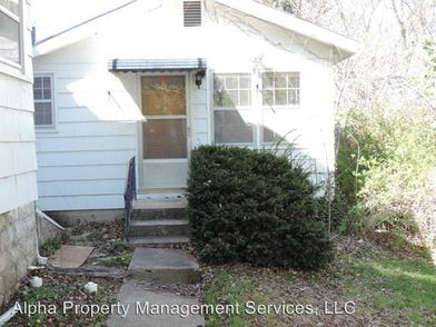 503 Grover St Warrensburg Mo 64093 1 Bedroom House For Rent For