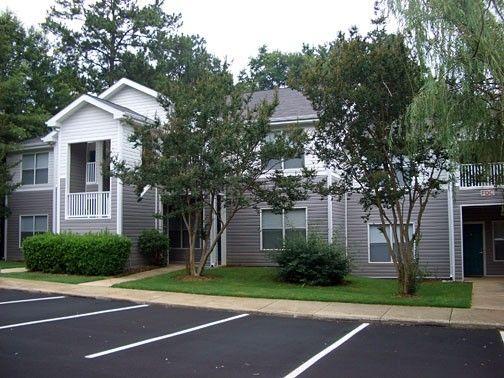 West Oaks 705 Flavion Dr Raleigh Nc 27608 Apartment
