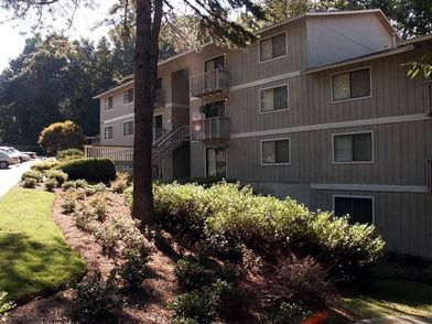 Riverside House Apartments for Rent - 3000 Shadowood Pkwy Se ...